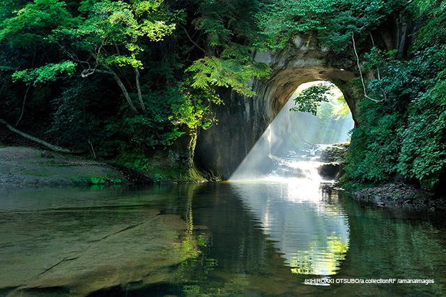 「濃溝の滝」(千葉県)
