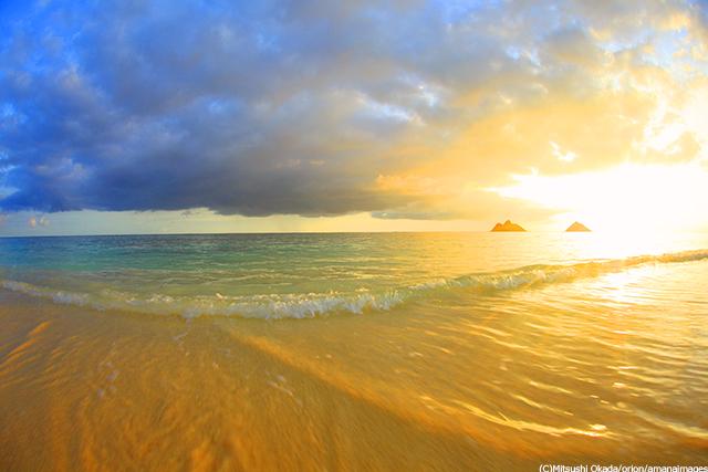 朝日と渚とモクルア島