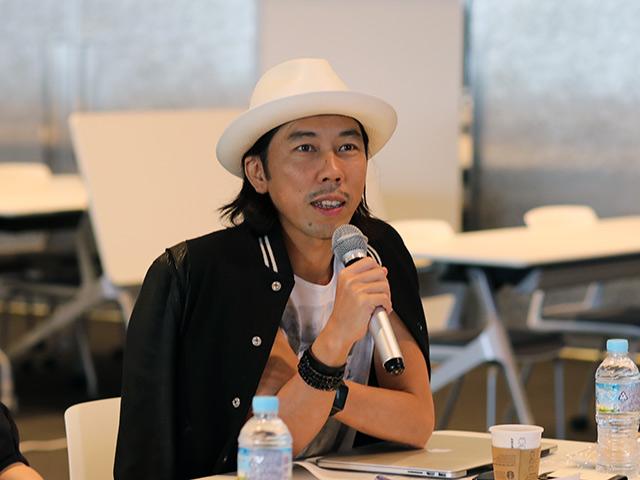 佐藤カズーさん