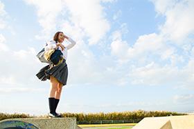 簡単!写真素材の色あせた空を鮮やかな青空にする方法【ストックフォト活用術】001